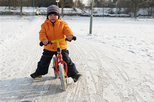 Niall snow biking by Big.Col