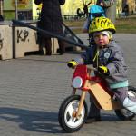 Wyszek na rowerku biegowym
