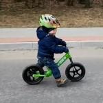 Rowerek biegowy Strider w polskiej produkcji kina akcji część 2
