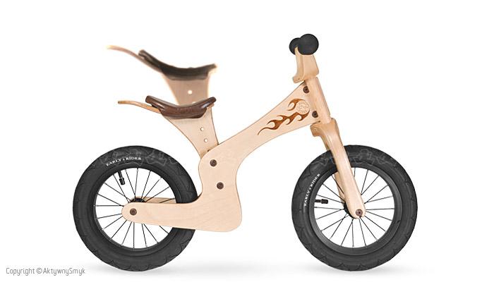 Przykład maksymalnego wysunięcia siodełka w rowerku biegowym Early Rider Lite