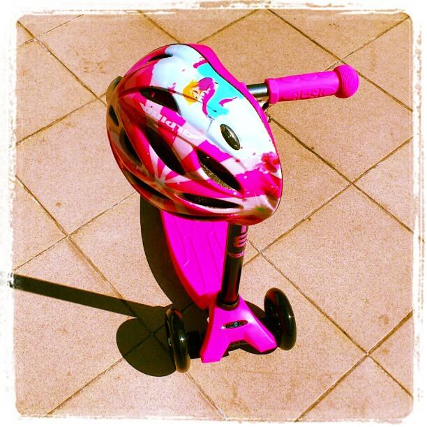 Hulajnoga Maxi Micro różowa + kask również różowy Alpina Gamma Flash