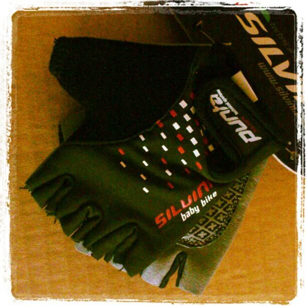 Rękawiczki rowerowe dla dziecka Silvini czarne