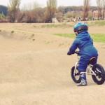 AktywnySmyk lubi… film z rowerkiem biegowym Early Rider Alley Runner
