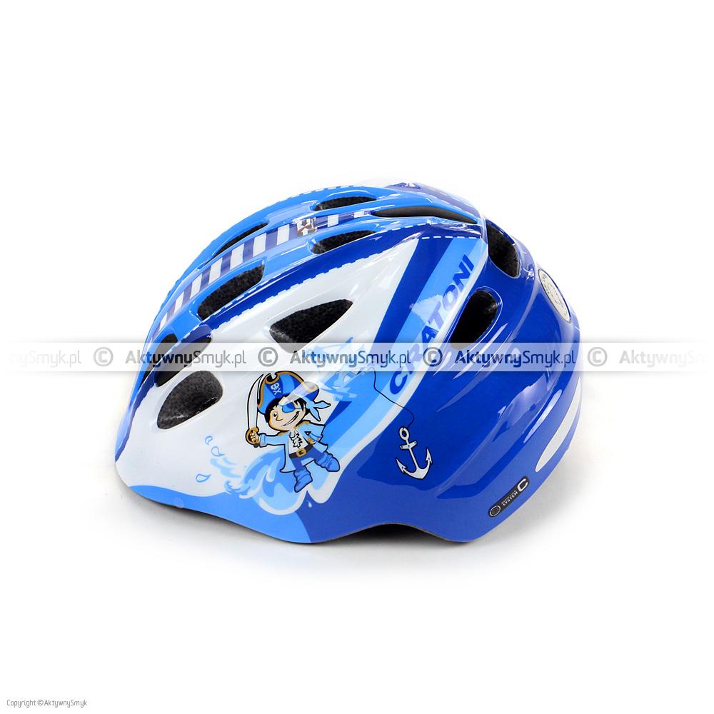 """Niebiesko-granatowo-biały kask rowerowy Cratoni Akino """"Pirate blue-white glossy"""" w technologii in-mold produkowany w dwóch zakresach regulacji: 49-53 cm i 53-58 cm posiada 13 otworów wentylacyjnych (w czterech z przodu znajduje się siateczka), gładkie i miękkie paski, zapięcie z regulacją głębokości wpięcia, wagę ok. 220/250 gram oraz lampkę (o 3 trybach świecenia) w pokrętle regulacyjnym."""