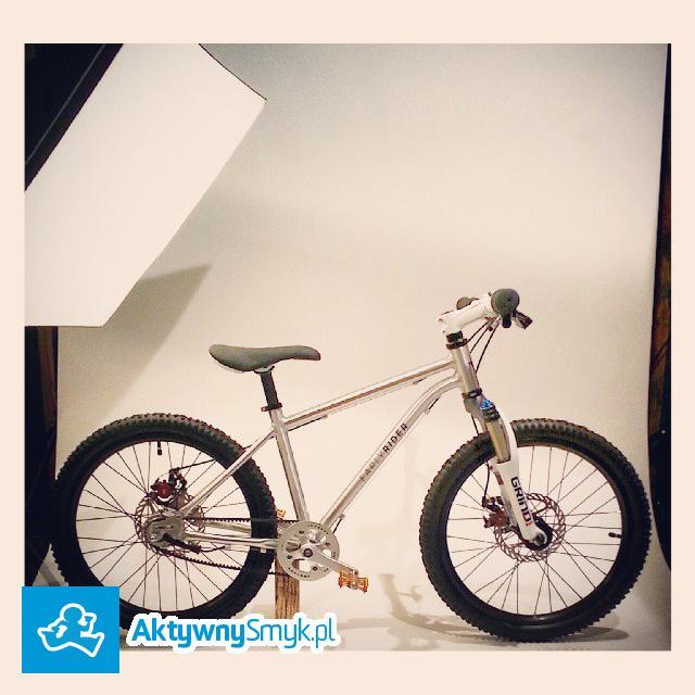 Lekki rower Eraly Rider Belter 20