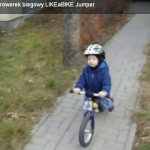 Bartek i rowerek biegowy LIKEaBIKE Jumper