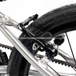 Early Rider Belter - hamulec v-brake