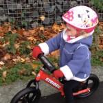 AktywnySmyk lubi… film z dzieckiem na rowerku biegowym Strider