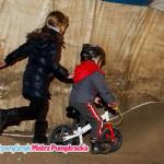 Zawody na rowerkach biegowych