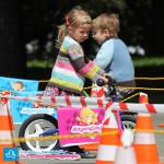 Dziecko na rowerku biegowym Puky LR 1L Br Kapitan Sharky